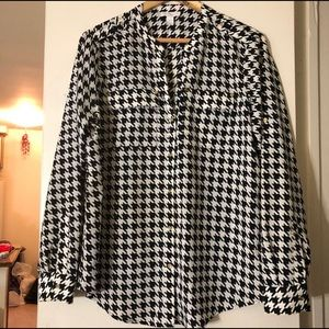 🌼Blouse Sale🌼 Black White Printed Shirt Sale